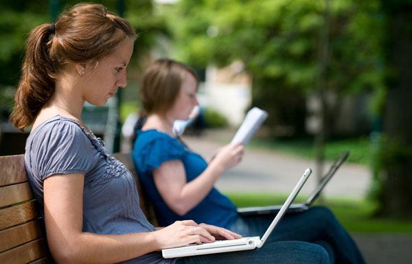 laptop pentru facultate